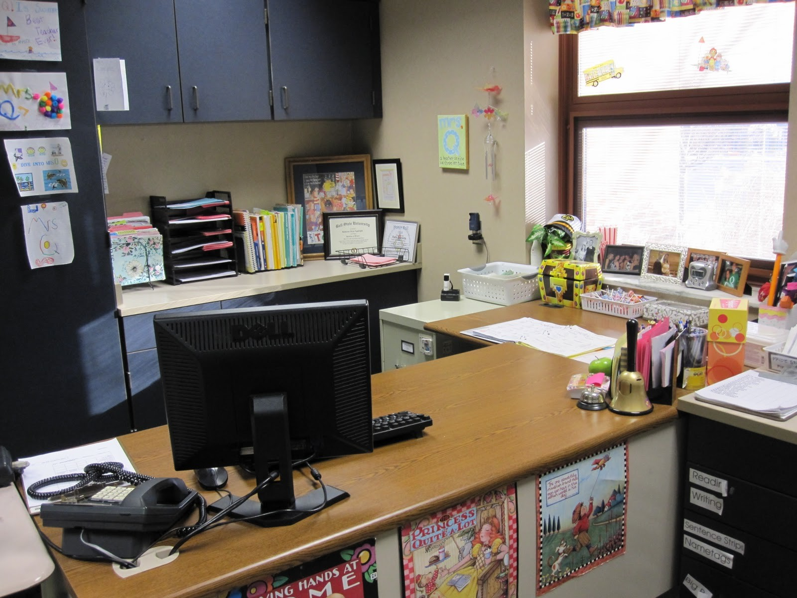 company tidy office. Keeping Your Office Clean And Tidy Company I